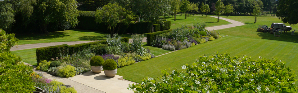 Estates & Large Gardens Slider 1
